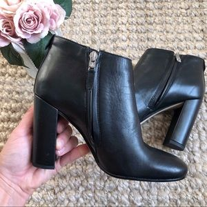 Sam Edelman Campbell Ankle Booties
